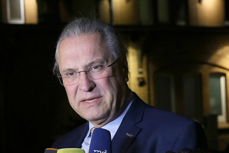 Bayerns Innenminister Joachim Herrmann (CSU) wird an der Pressekonferenz teilnehmen.