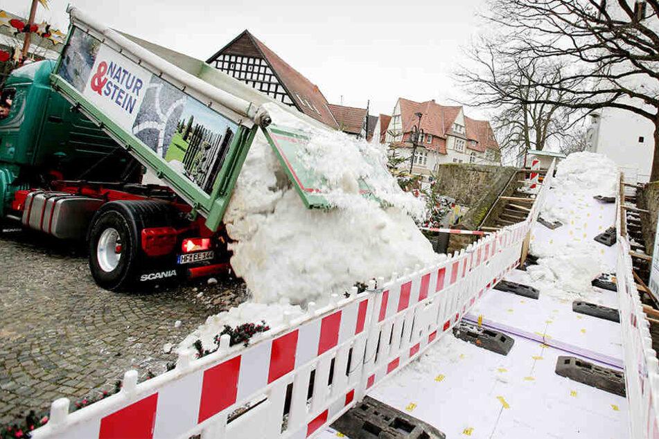 30 Tonnen Schnee wurden aus Bispingen nach Bünde geliefert.