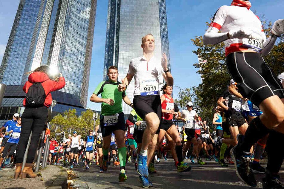 Frankfurt: Frankfurt-Marathon führt zu zahlreichen Verkehrsbehinderungen