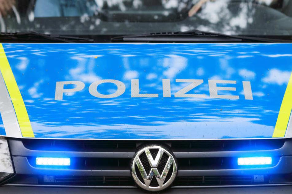 Die Polizei durchsuchte die Region um den Fundort der Leiche.