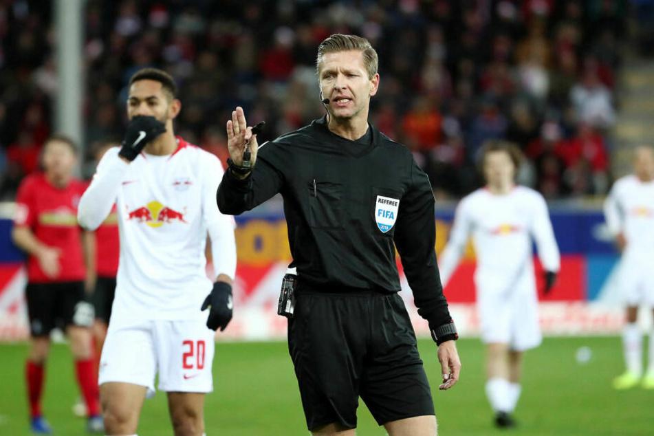 Mit Tobias Welz (41) aus Wiesbaden ging RB Leipzig zuletzt dreimal in Folge nicht als Sieger vom Platz, verlor unter anderem 0:3 gegen Freiburg und 2:5 gegen Hoffenheim.