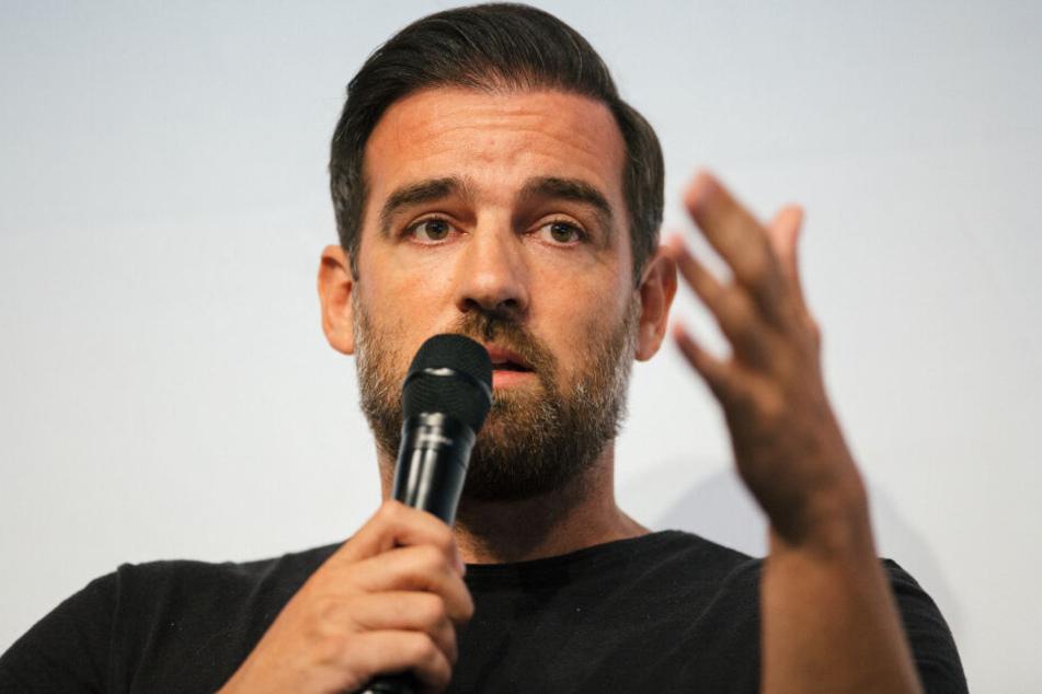 Christoph Metzelder bei einer Diskussionrunde. (Archivaufnahme)