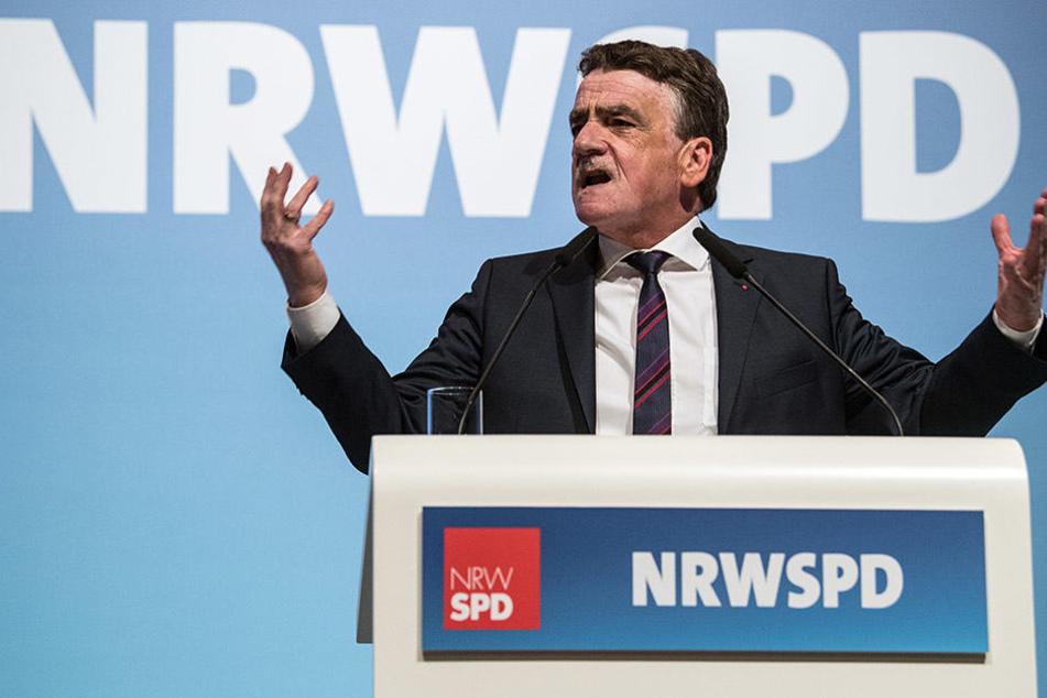 Michael Groschek entschuldigte sich im Namen der Parteispitze für die Wahlniederlage.