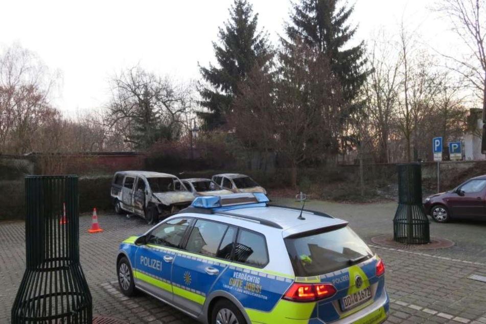 Die Polizei sicherte am Mittwochmorgen die Spuren im Rathaushof.