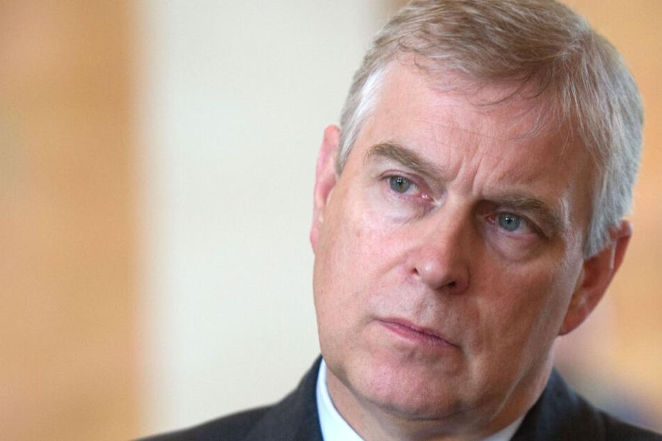 Rückzug! Prinz Andrew zieht Konsequenzen nach Epstein-Skandal