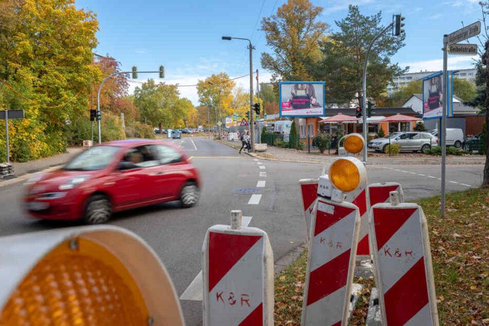 Achtung, Autofahrer! Auf der Augustusburger Straße droht nächste Woche Stau.