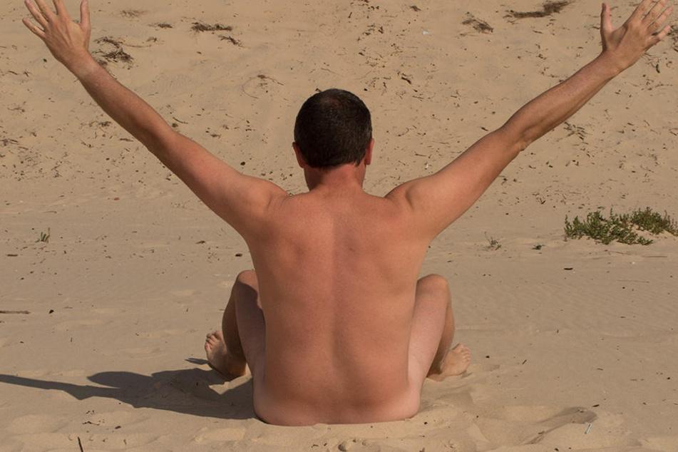 Der eigene Balkon ist eben kein FKK-Strand. Deshalb muss man einiges beachten, bevor man sich nackt in die Sonne knallt.