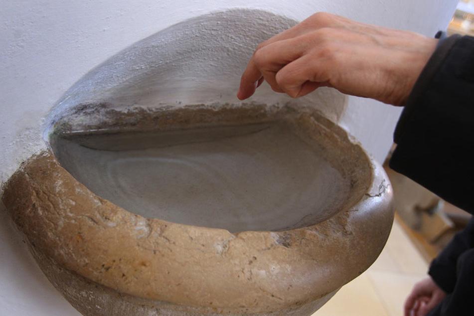 Bei Untersuchungen wurden in Weihwasser-Proben Keime entdeckt.