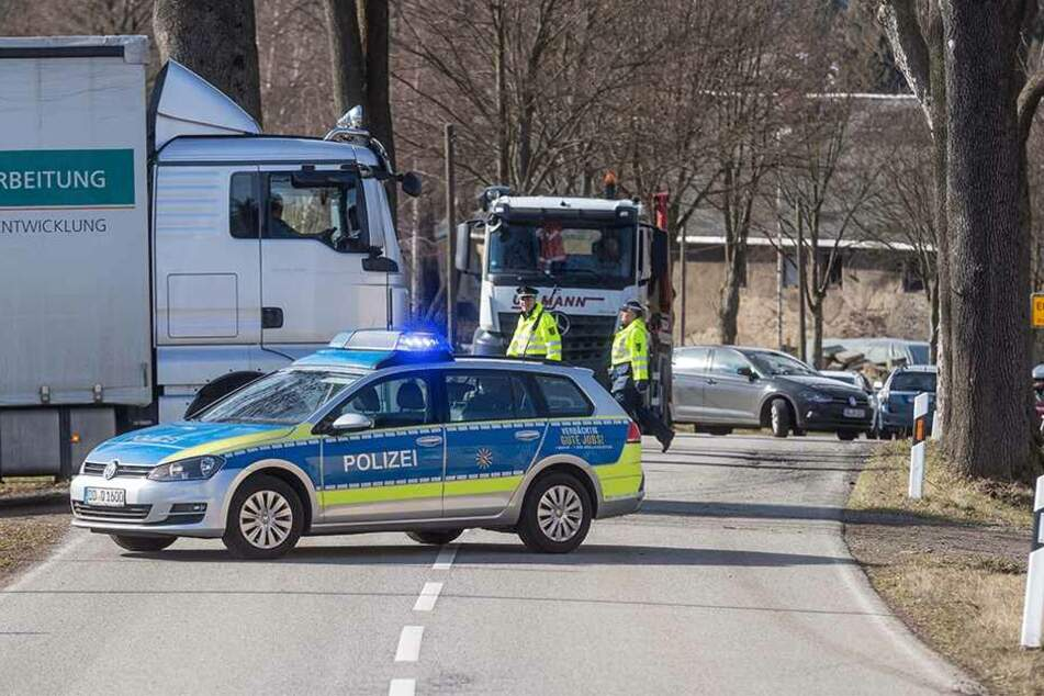 Ärgerlich für Autofahrer: Die Straße zwischen Elterlein und Zwönitz war gesperrt.
