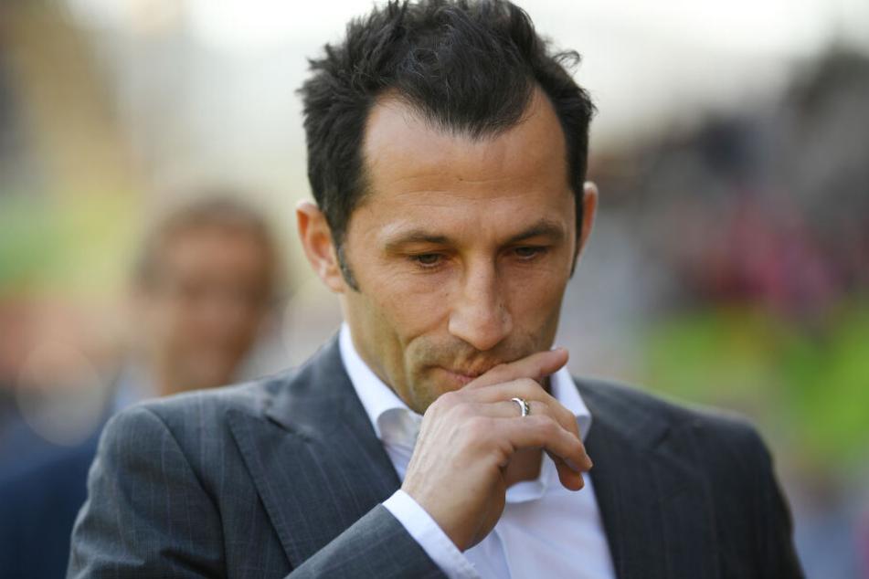 Sportdirektor Hasan Salihamidzic vom FC Bayern muss wegen unsportlichem Verhalten 8000 Euro zahlen. (Archivbild)