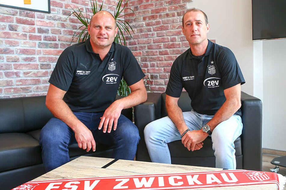 FSV-Trainer Joe Enochs (r.) und Sportdirektor David Wagner setzen voll auf Deutschland, haben aber auch Frankreich, Spanien und Mexiko auf dem Zettel.