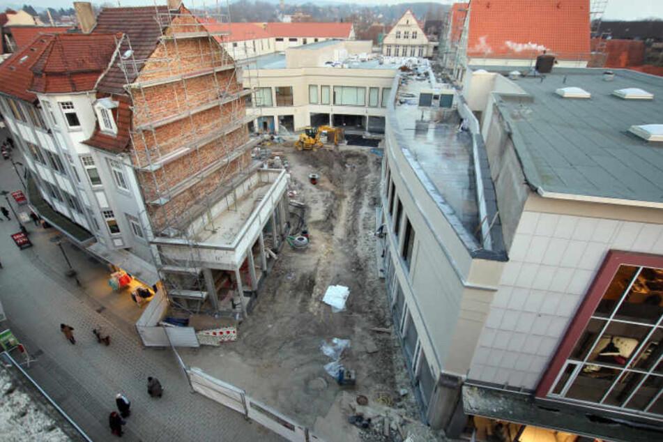 Vom benachbarten H&M-Gebäude sieht alles noch nach einer großen Baustelle aus.