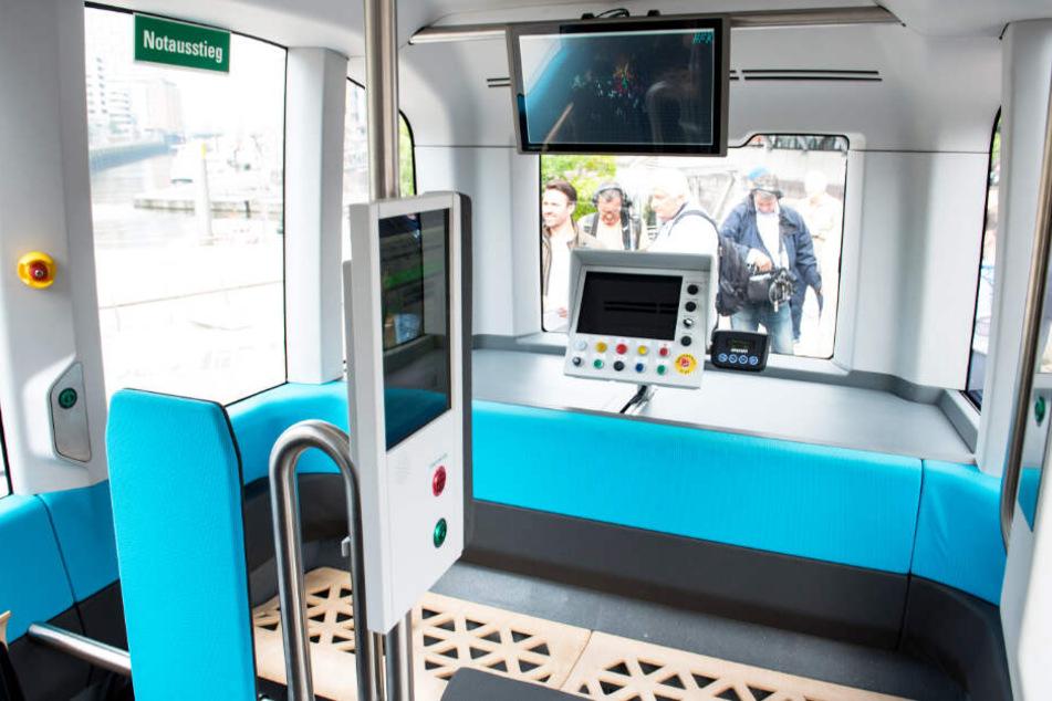 So sieht der autonom fahrende Kleinbus im Inneren aus.
