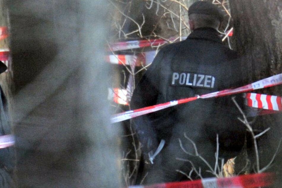 Die Leiche der 53 Jahre alten Frau wurde in einem Wald in Bayern gefunden. (Symbolbild)