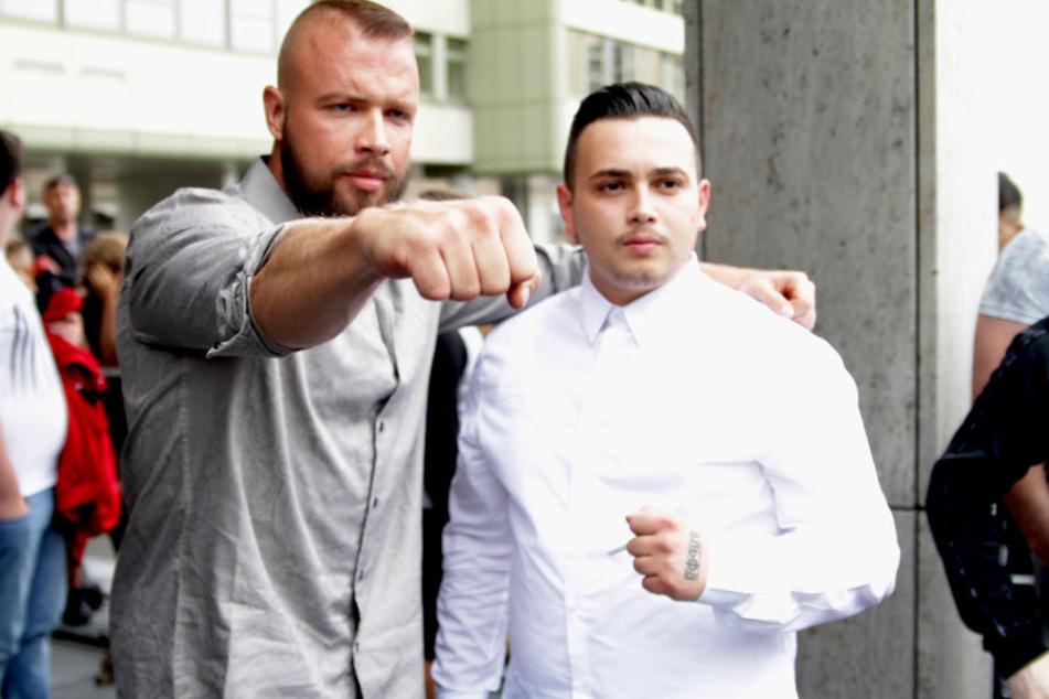 Rapper Kollegah und und der Rapper Nuhsan C., alias Jigsaw, der wegen gefährlicher Körperverletzung vor Gericht steht.
