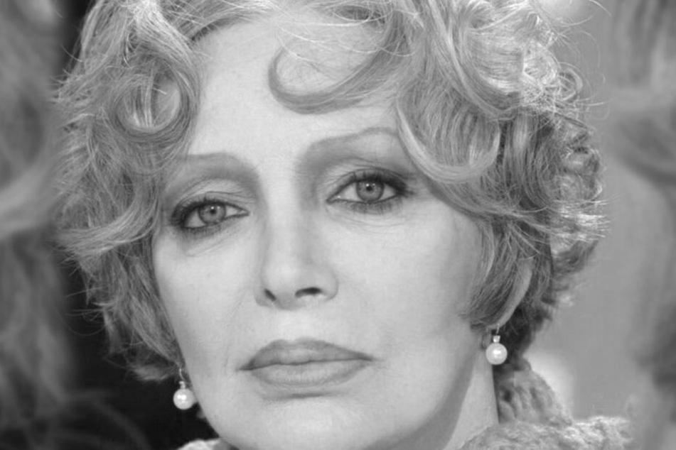 Marie Laforêt gestorben: Große Trauer um Sängerin und Schauspielerin