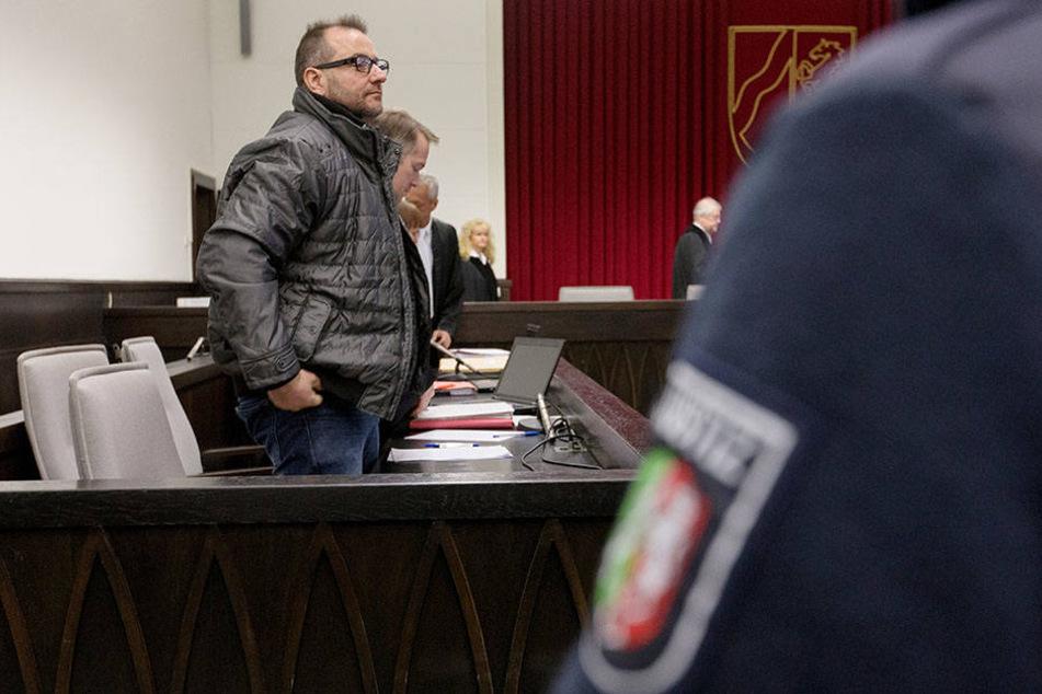 Horror-Haus von Höxter: Weitere Zeugen sagen aus!