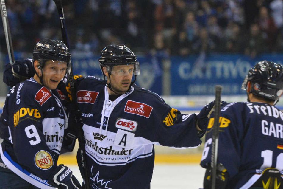 Eislöwen-Keeper Kevin Nastiuk ist  zurzeit in überragender Verfassung.