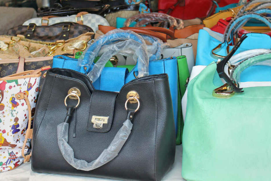 Die Kunden erhielten entweder gefälschte Ware oder nur eine Bestellnummer (Symbolfoto).