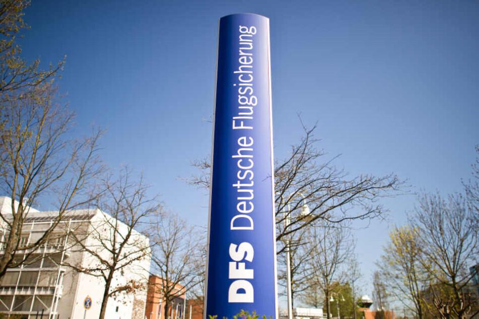 Die Deutsche Flugsicherung (DFS) hat ihren Sitz in Langen, Hessen.