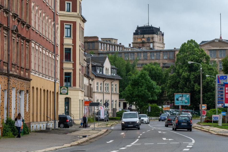 Die Zwickauer Straße mit den früheren Wanderer-Werken. Hier soll es bald bunter und lebhafter zugehen.