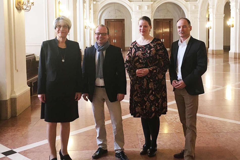 Die neuen Mitglieder der Freibeuter-Fraktion (v. l. n. r.): Naomi-Pia Witte, Rene Hobusch, Ute Elisabeth Gabelmann und Sven Morlok.