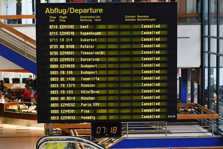 Bei dem Streik am Freitag fielen so gut wie alle Flüge von Schönefeld (Foto) und Tegel aus.