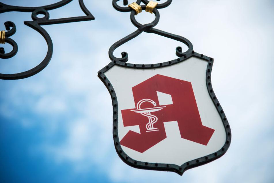 Zwei Täter haben in Berlin Alt-Hohenschönhausen eine Apotheke überfallen (Symbolfoto).