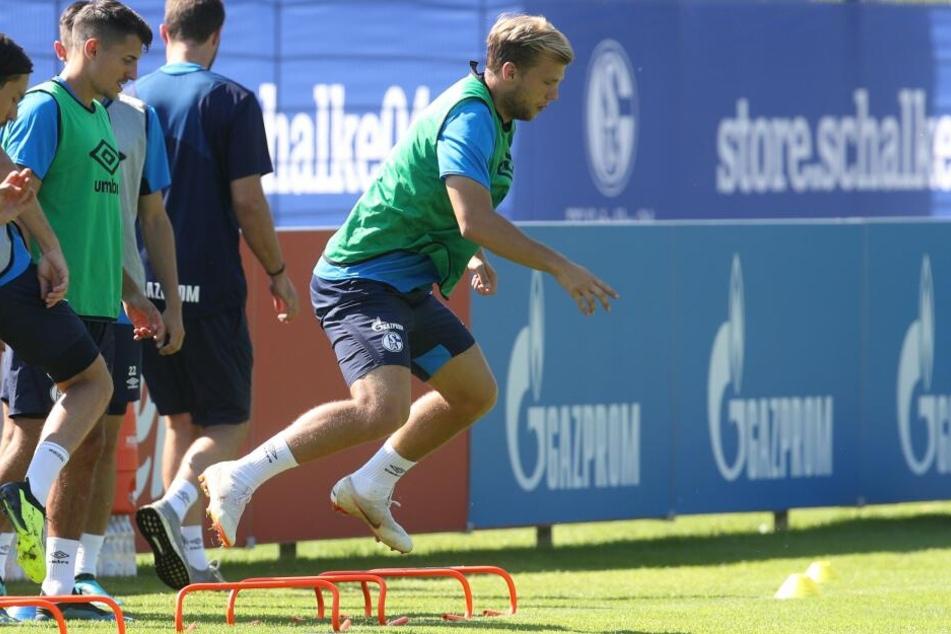 Johannes Geis bei einem Training vom 1. FC Schalke.