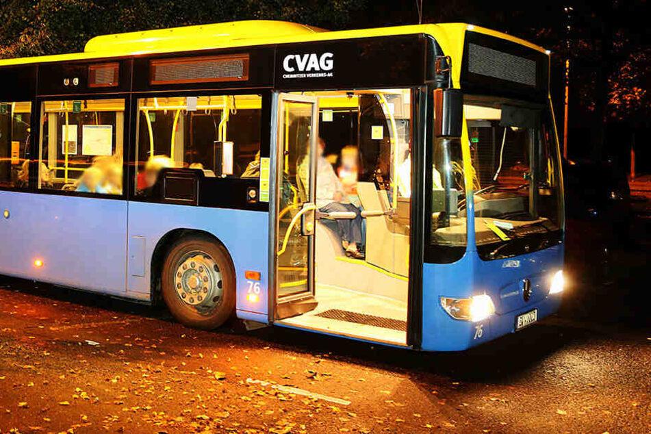 Der Busfahrer wurde von einem Mann geschlagen und verletzt (Archivfoto).