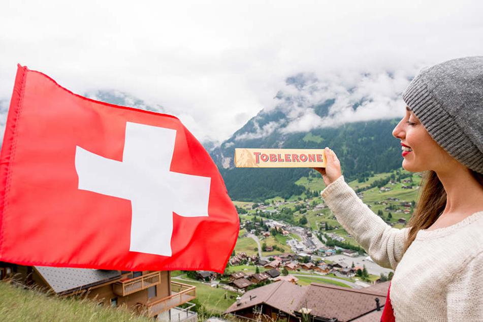 Die leckere Toblerone kommt aus der Schweiz.
