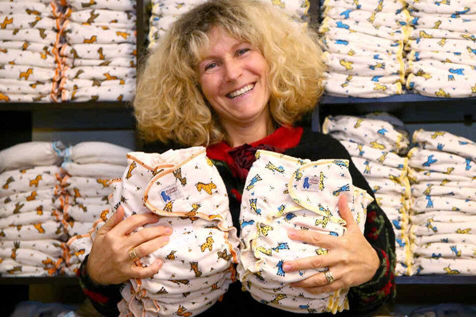 """Christine Wendels Stoffwindeln sind kochfest, aus Bio-Baumwolle und für Babys jeder Größe, das heißt sie """"wachsen mit""""."""