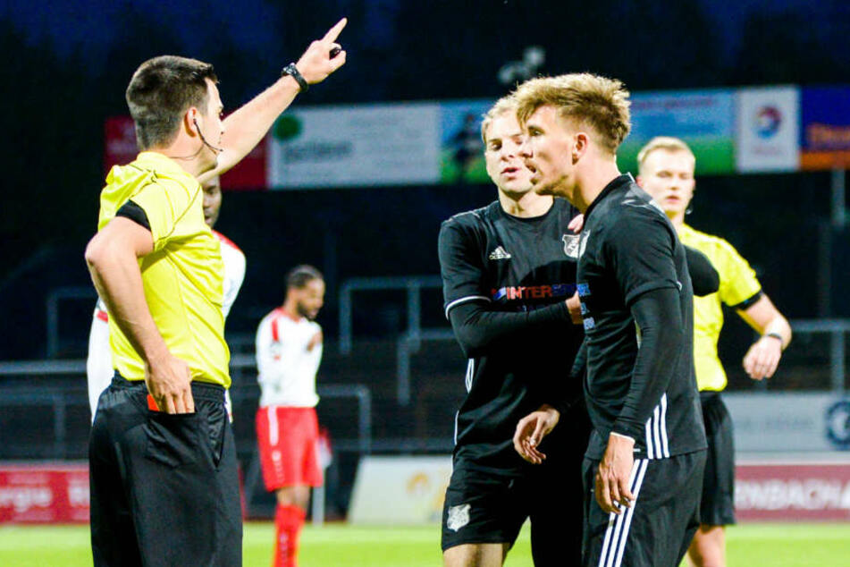 Vincent Geimer (re., 26) steht angeblich auch beim SC Paderborn auf dem Zettel.