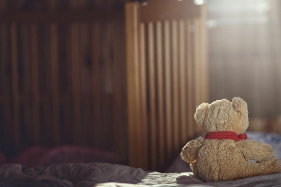 Ein Mann hat die Tochter seiner Ex-Freundin über Jahre missbraucht (Symbolbild).
