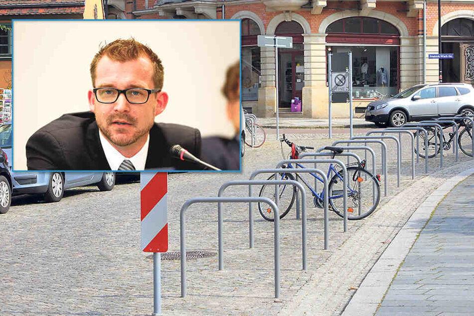 Raoul Schmidt-Lamontain (39, Grüne) - Um den Loschwitzer Weihnachtsmarkt zu retten, werden zumindest einige der Radbügel wieder weichen müssen.
