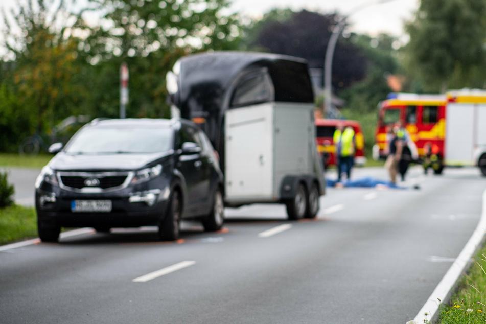 Die 19-jährige Autofahrerin erlitt einen Schock. (Symbolbild)