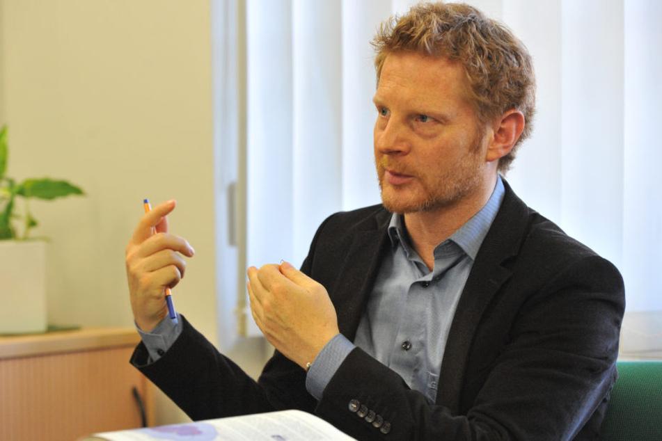 Baubürgermeister Michael Stötzer (44, Grüne) würde den Paternoster abreißen lassen.