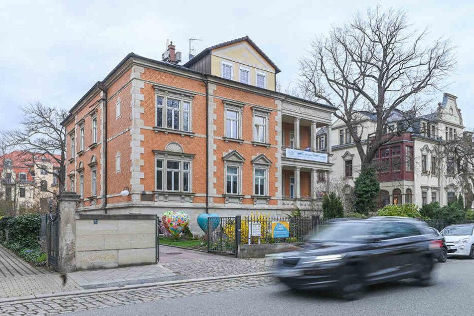 Der Verein Sonnenstrahl betreut in seinem Haus in der Goetheallee krebskranke Kinder, Jugendliche und ihre Familien.