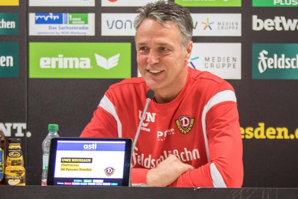 Dynamo-Trainer Uwe Neuhaus könnte mit 25 bis 27 Punkten zur Winterpause gut leben.