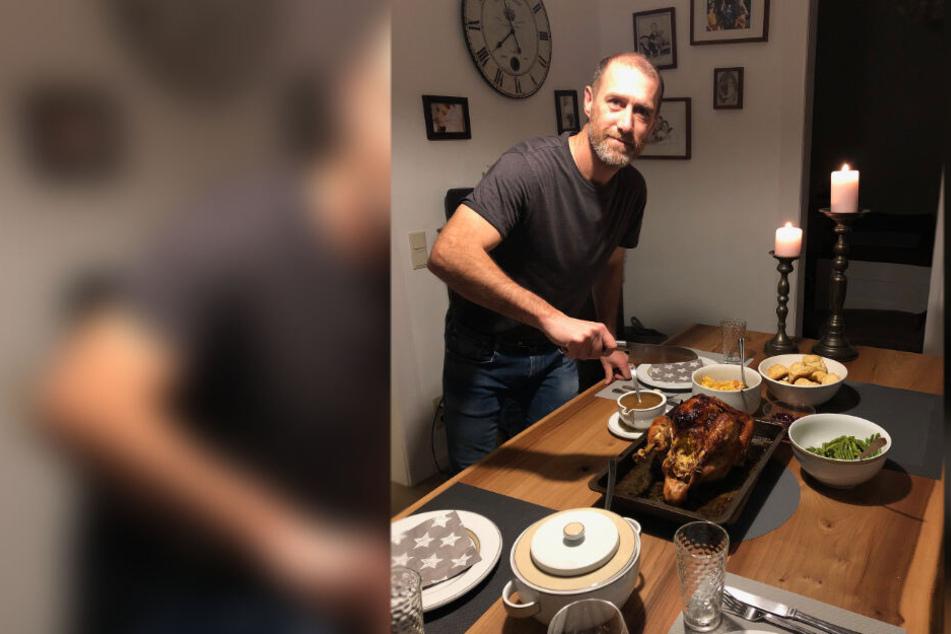 Darf es etwas mehr sein? Joe Enochs schwang an Thanksgiving den Kochlöffel und kredenzte seiner Familie den traditionellen Truthahn. Da läuft einem das Wasser im Mund zusammen.