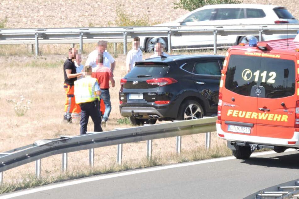 Dieser Parkplatz mutet seltsam an: Auf der Autobahn 14 bei Leipzig gab es am Sonntag einen Unfall.