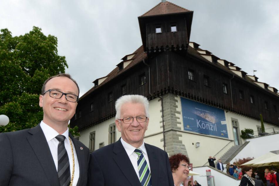 Der Konstanzer Oberbürgermeister Uli Burchardt (CDU) neben Baden-Württembergs Ministerpräsident Winfried Kretschmann (Grüne).