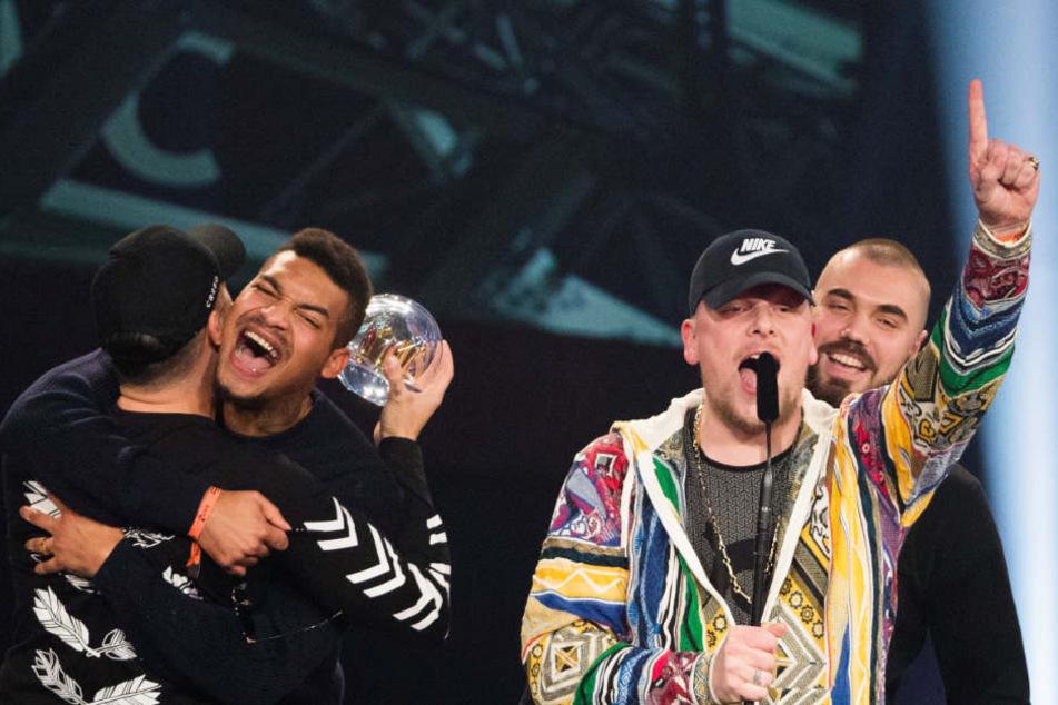 Deutsche Single-Charts: Bonez MC & Raf Camora dominieren Top 5