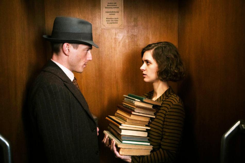 Charlotte Ritter (Liv Lisa Fries) und Gedeon Rath (Volker Bruch) lernen sich in Staffel drei näher und besser kennen.
