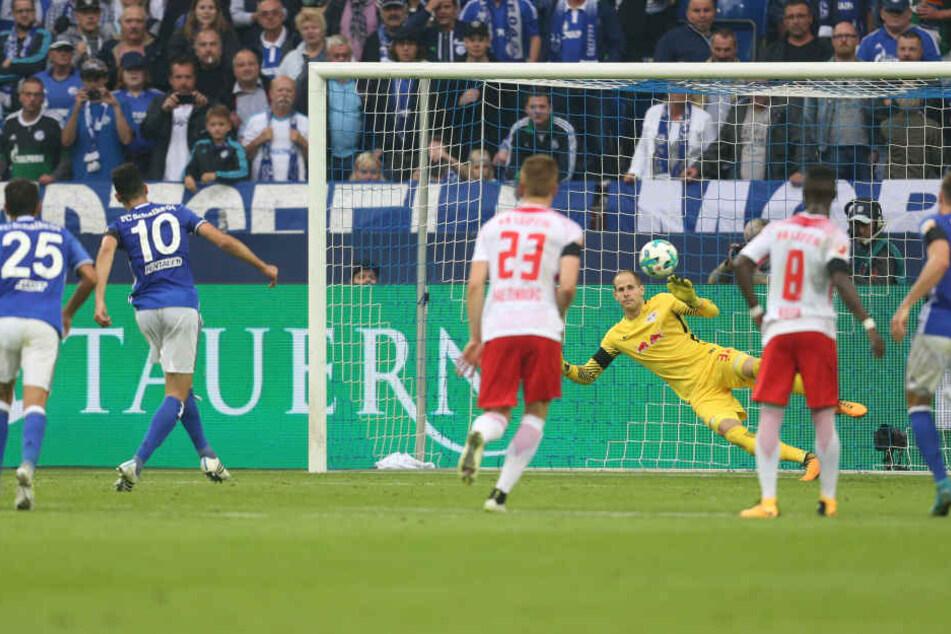 Bentalep verwandelte den fällig Elfer zur 1:0 Führung der Schalker.