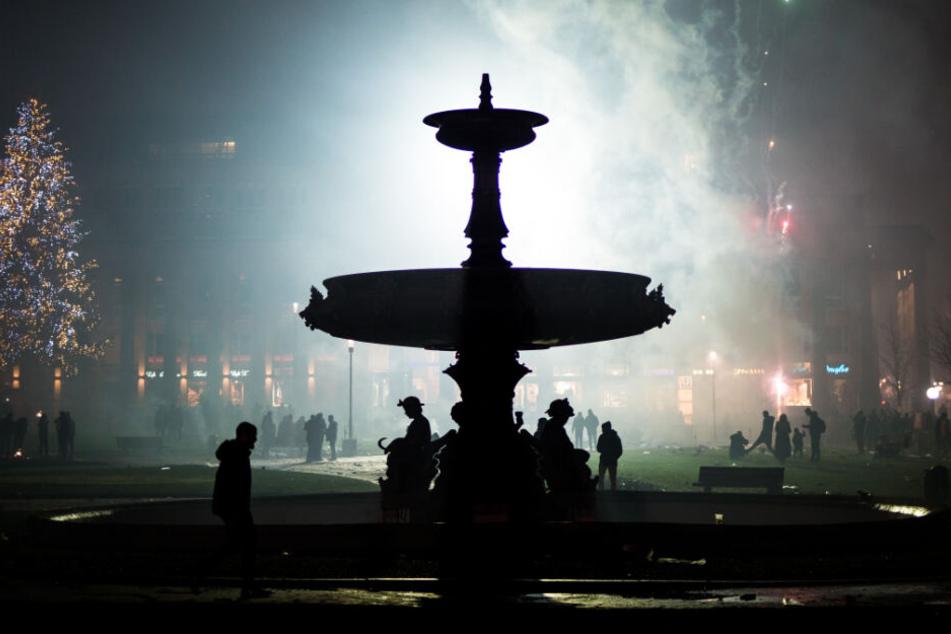 Nebel nach dem Feuerwerk auf dem Stuttgarter Schlossplatz.