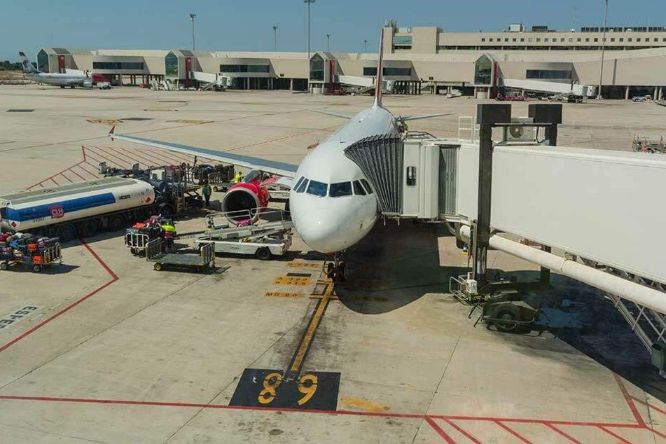 Mit dem neuen Verfahren könnten bei der Betankung der Flieger Kosten gespart werden.