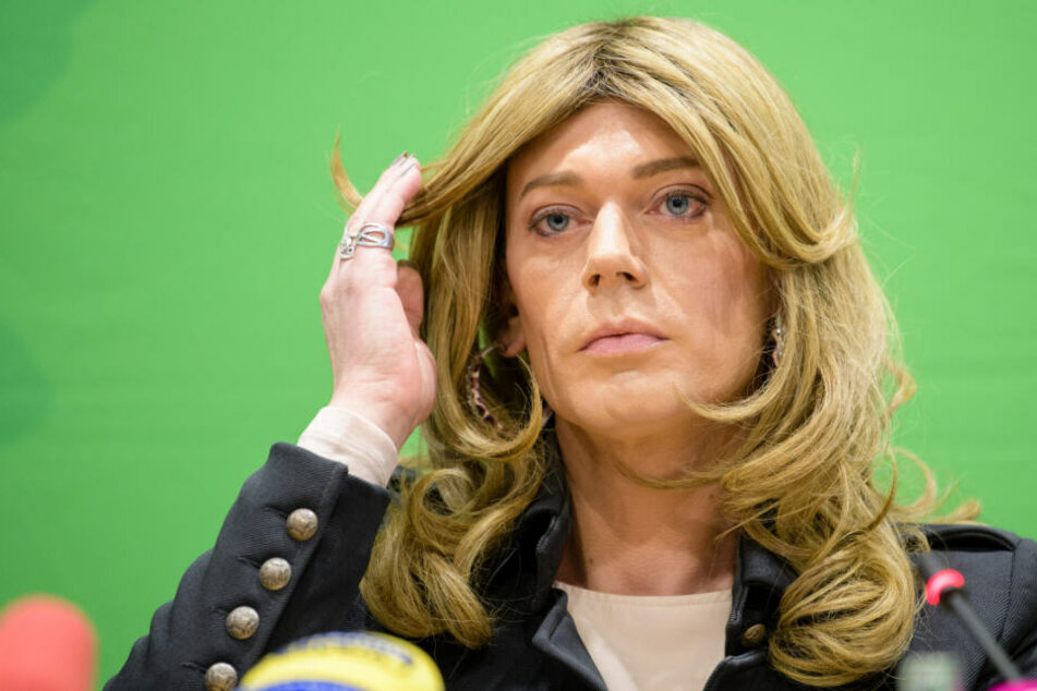 München: Aus Markus wurde Tessa: Erste Transfrau im Landtag