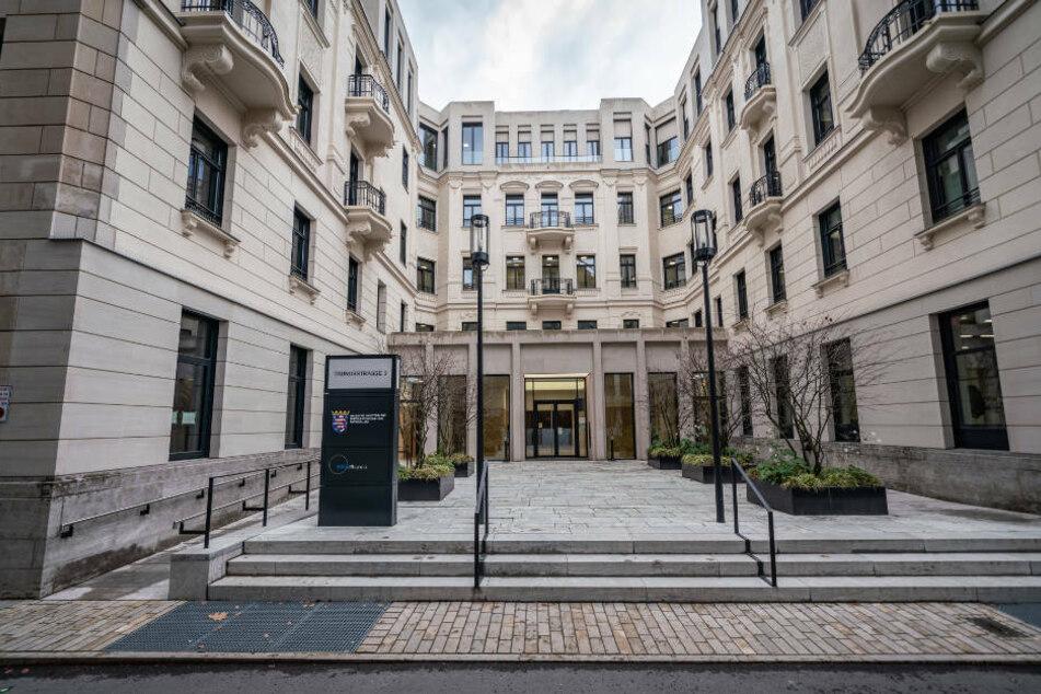 Die noble Lage des Digitalministeriums mitten in Wiesbaden kommt die Steuerzahler mit einer monatlichen Miete von 62.250 Euro teuer zu stehen.