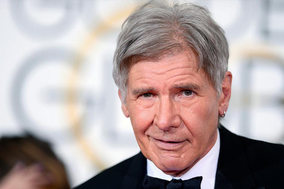 Hollywood-Star Harrison Ford hat nach einem Unfall eine Frau gerettet.